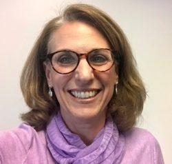 Debbie Ezrin headshot