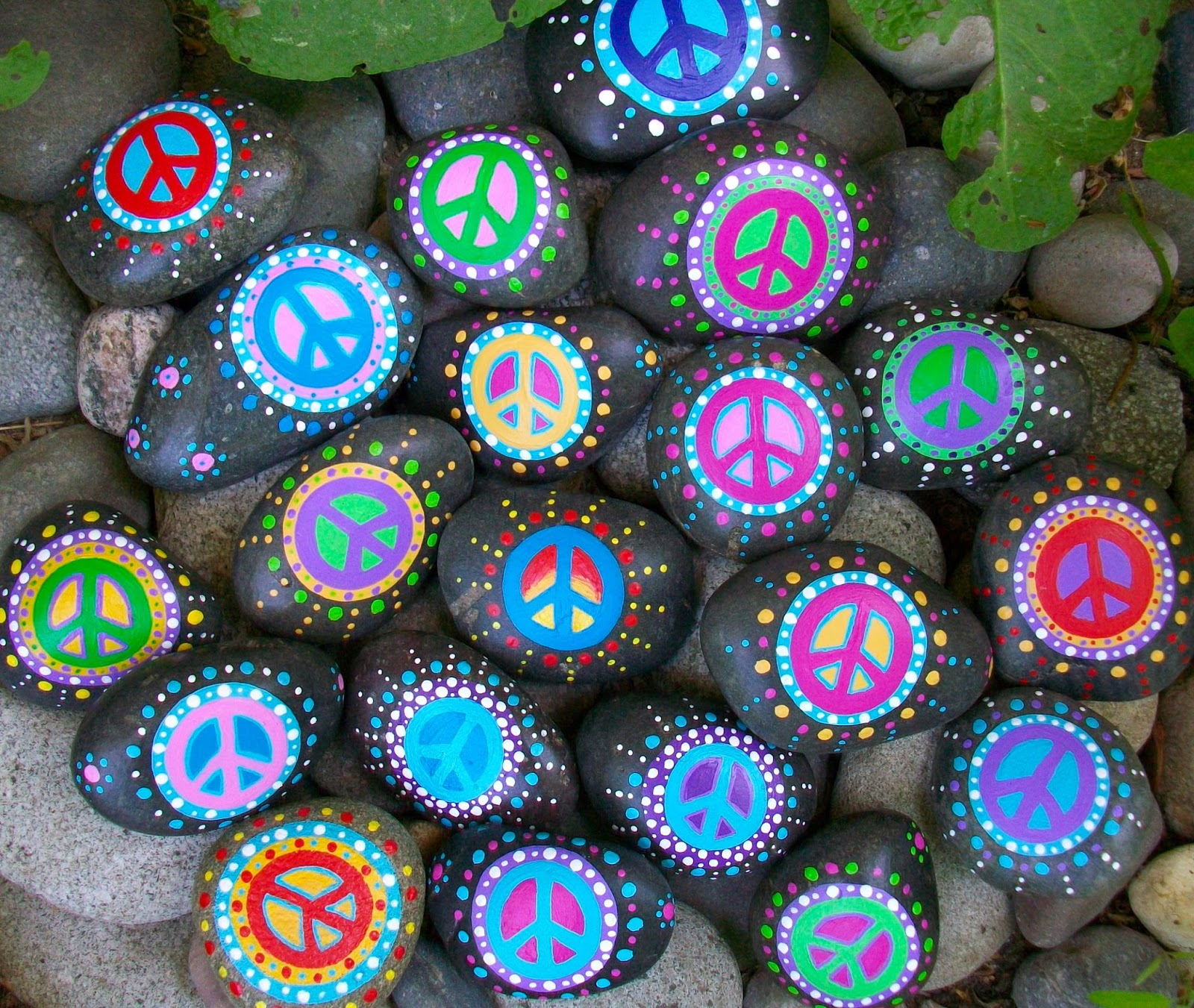 Peace Rocks image