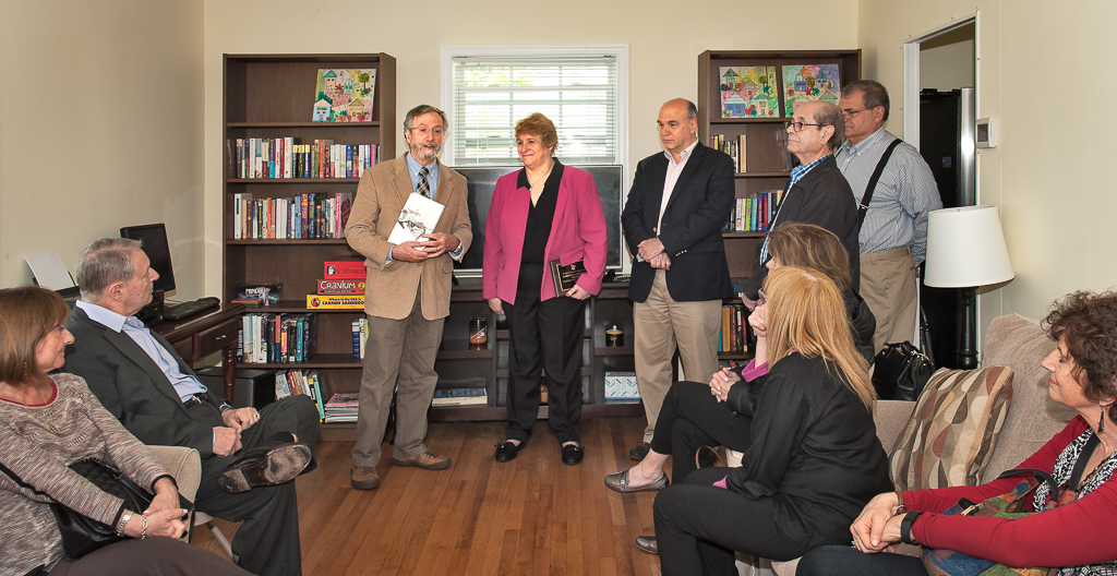 Community Reach - Rockland House - donating library honoring Rabbi Luxemburg